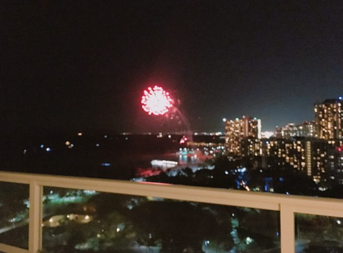 trump-waikiki-d-fireworks1