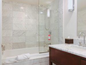 trump-waikiki-s-shower