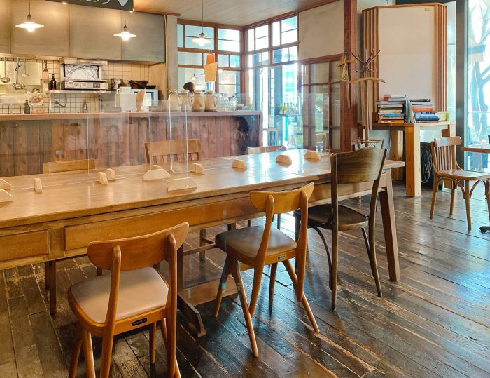bricolage-bread-dining